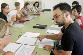 Arranca un curso «convulso y nada normal» para los docentes