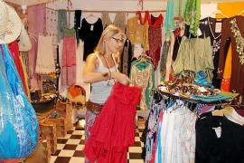 Los comerciantes de Es Pujols califican de «muy buena» la temporada 2014