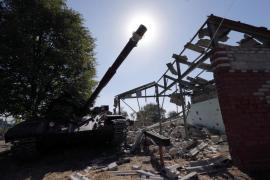 Se reanudan disparos y fuego de artillería junto al aeropuerto de Donetsk