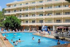 La ocupación hotelera en las Pitiüses seguirá al alza en septiembre con una estimación del 85%