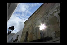Vila ejecutará trabajos de mantenimiento en el Claustro del Ayuntamiento por 7.300 euros