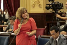 Presentan una querella contra Camps por un delito de malversación por cargar al erario público viajes a Menorca