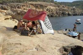 PSOE-Pacte de Sant Antoni denuncia la suciedad en la costa de Portmany