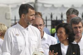 Empresarios, banqueros españoles y miles de cántabros arropan a la familia Botín