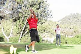 Juan Vives impone su talento en el Golf Ibiza