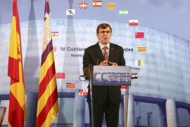 Antich urge a Zapatero a negociar el REB