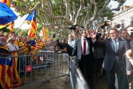 El Parlament catalán legaliza la consulta soberanista del 9N