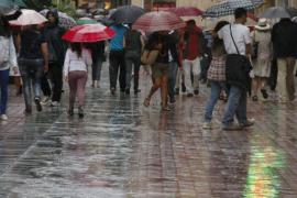 Mañana, aviso naranja en las Pitiüses por lluvias y amarillo por tormentas