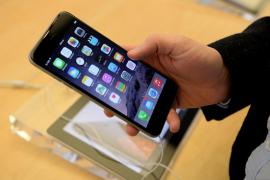 Una broma anima a cargar el iPhone en el microondas