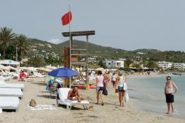 Vuelve la bandera roja a la playa de Talamanca