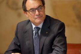La Generalitat suspende la campaña del 9-N «temporalmente»