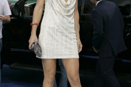 Kate Hudson pasea por París con el cantante de Muse
