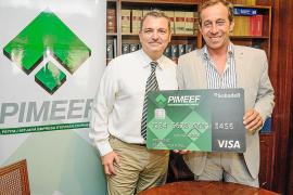 Banco Sabadell y Pimeef lanzan una tarjeta de crédito especial para asociados