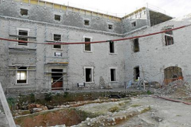Madrid confirma que las obras del Parador de Vila continuarán en 2015