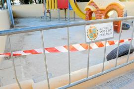 Los niños del colegio de Sant Jordi podrán jugar sin riesgos después de Navidad