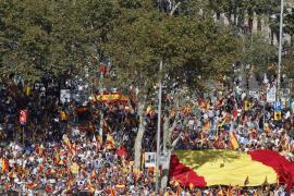 Unas 38.000 personas se concentran a favor de que Cataluña siga unida a España