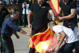 Unos 200 ultraderechistas se manifiestan en Barcelona en el Día de la Hispanidad