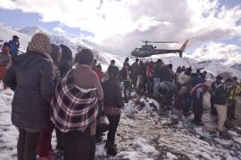El Himalaya se cobra la vida de 17 montañeros