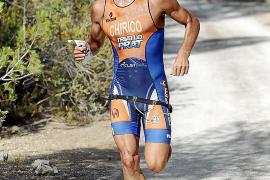 La cita de media distancia convence a 245 triatletas