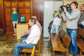 Fiscalía pide la absolución para los funcionarios acusados de acoso y coacción