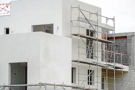 El número de viviendas visadas en las Pitiüses aumenta un 70,8%