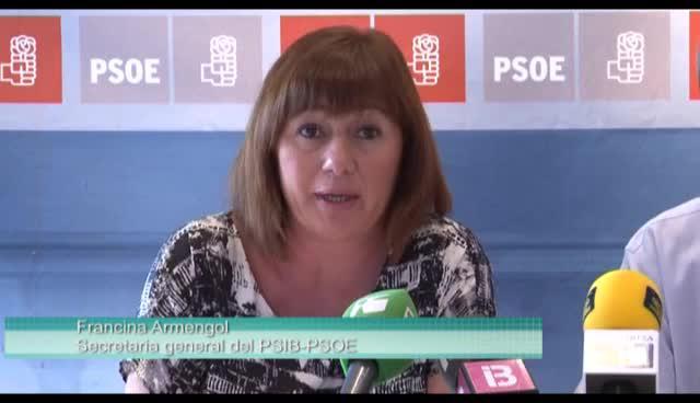 """VÍDEO: Armengol tilda de """"caótica"""" la gestión del PP en la reforma del puerto de Eivissa"""