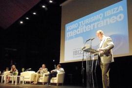 El Foro de Turismo advierte que el futuro de Eivissa pasa por parar las prospecciones