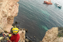 Rescate a un deportista en los acantilados de Punta Negra