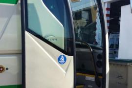 Cerca de la mitad de los buses escolares de Eivissa no tienen cinturones de seguridad