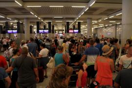 Balears registra récord de visitantes, pero con menos gasto turístico