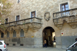 La Audiencia condena a 77 años de cárcel a los asaltantes de una vivienda en Sant Josep