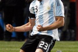 Jonás Gutiérrez quiere volver a jugar tras superar el cáncer de testículos