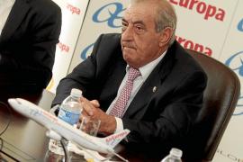 La sociedad ibicenca aplaude el aumento de rutas interislas que propone Air Europa