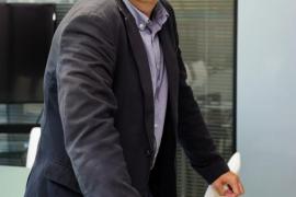 Torres formaliza su candidatura a las primarias del Consell d'Eivissa