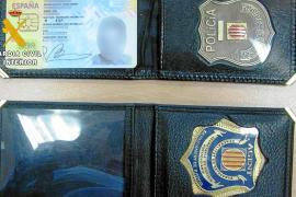 Arrestado por intentar pasar por policía tras robar parte del uniforme y placas oficiales