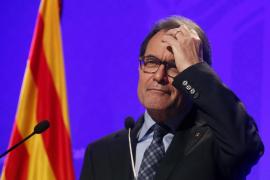 Mas le dice a Rajoy que «no nos intimidarán» con tribunales