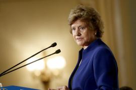 La Defensora del Pueblo amenaza a Educació con denunciarla por desobediencia