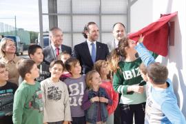 Riera anuncia en Eivissa «la voluntad» del Gobierno balear de potenciar la Escuela de Turismo