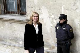 Imputan a una abogada por las grabaciones durante la declaración de la Infanta