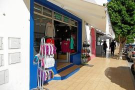 El PP pide al Consell de Formentera bonificar a los comercios que abran en invierno