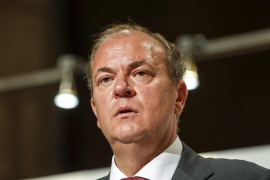 Monago dice que el Senado le ha certificado 16 «viajes  de trabajo» a Canarias
