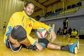Edmond Solanas, MVP