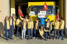 Los trabajadores de Correos muestran su rechazo a los recortes