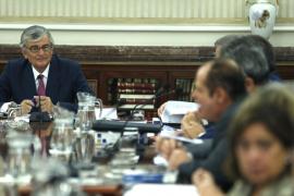 La cúpula fiscal apoya a Torres-Dulce en la querella por el 9N