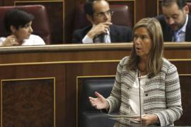 La ministra Ana Mato dimite para «no perjudicar al Gobierno de España»