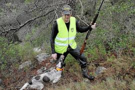 La lluvia, el aire y el frío no pueden contra los cazadores
