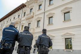 La Policía Nacional vigila la sede de la UIB tras la aparición de amenazas anónimas