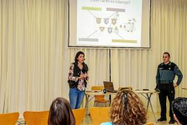 Cepca y Guardia Civil informan sobre los peligros tecnológicos
