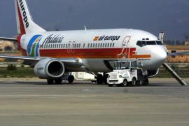 Air Europa renunciará a los vuelos entre las Islas por las duras exigencias de Fomento
