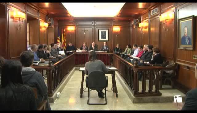 VÍDEO: Santa Eulària aprueba para 2015 las cuentas más generosas de la legislatura